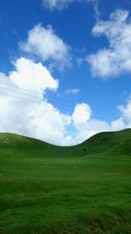 Hihetetlen kék az ég