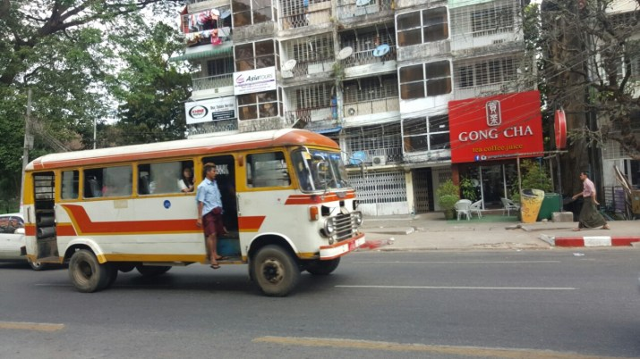 Helyi busz